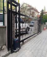 Ankara Motorlu Yana Kayar Bahçe Kapısı