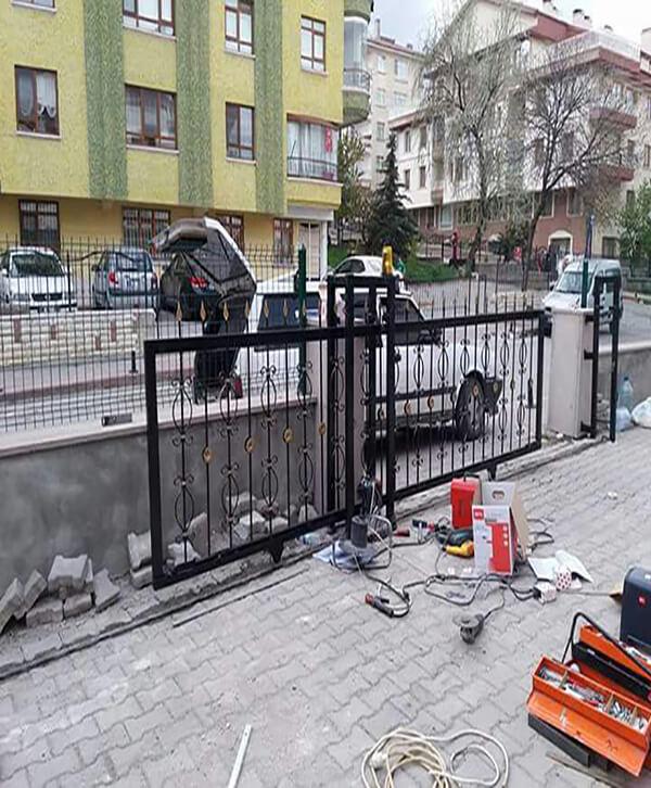 Ankara Ferforje Yana Kayar Bahçe Kapısı