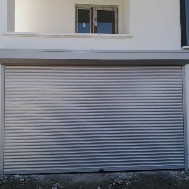 Ev Tipi Garaj Kapıları