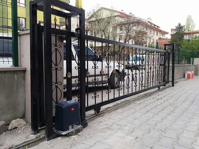 Ankara Motorlu ve Kumandalı Bahçe Kapısıı